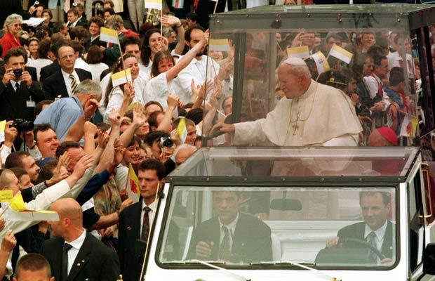 &POPEMOBILE
