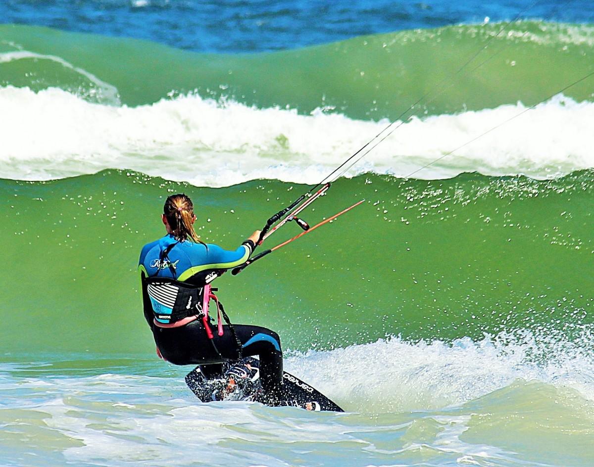 &surf kite